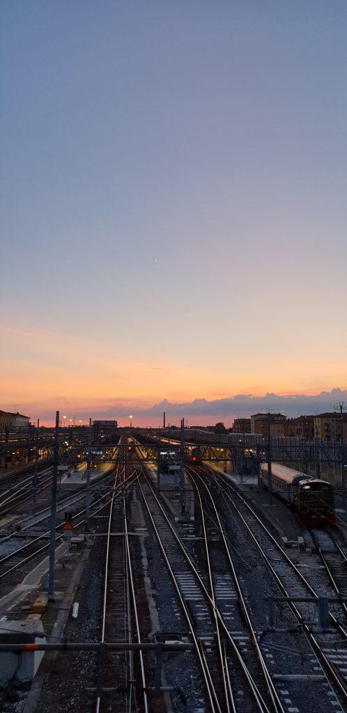 Gov announces £800m Rail Renewal Programme Onur K Unsplash